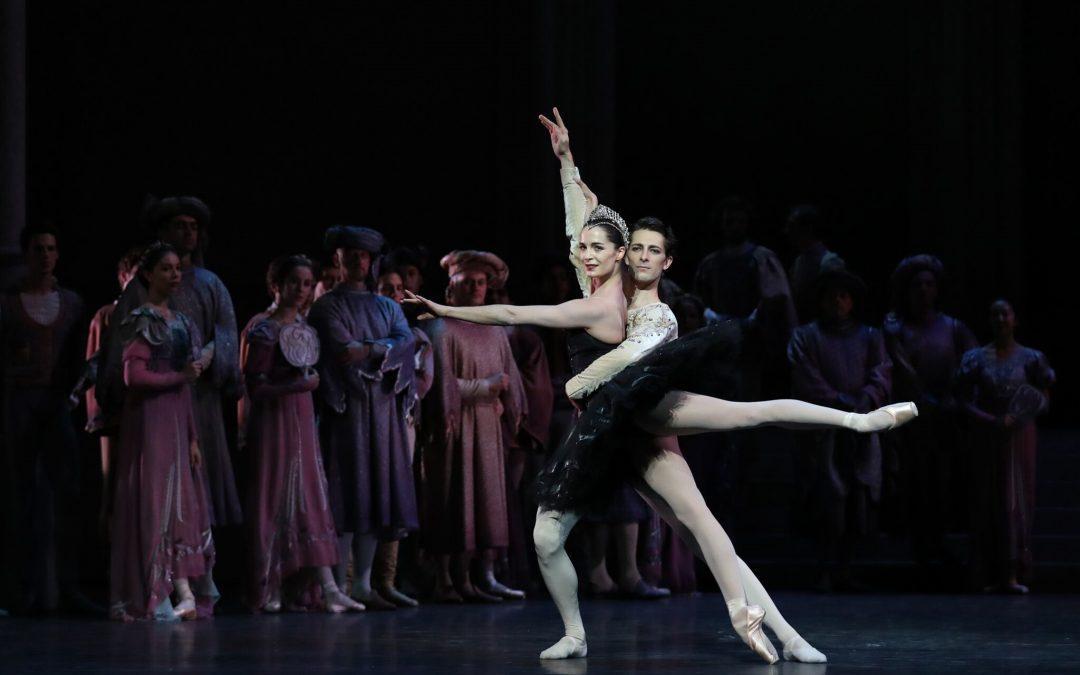 Paris Opera Ballet: Nureyev's Swan Lake
