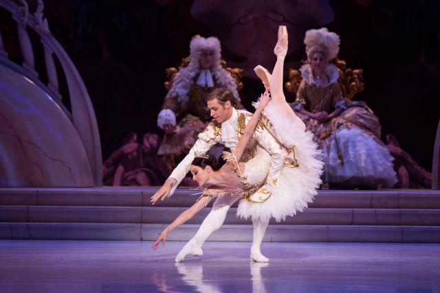 Breakfast ballet